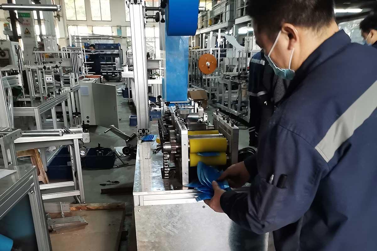 analog-face-mask-manufacturing-machine